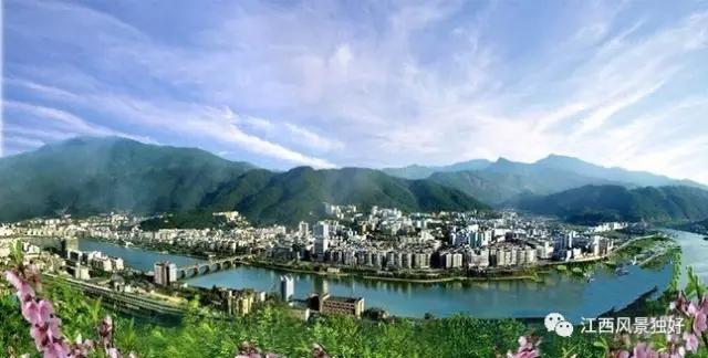 珠溪河风景区         地处万年县城,是国家级湿地公园.